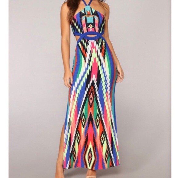 Fashion Nova Dresses & Skirts - NWT Fashion Nova Cartagena Maxi multicolored dress